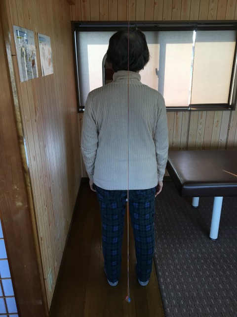 豊川市在住 足の痛み 女性